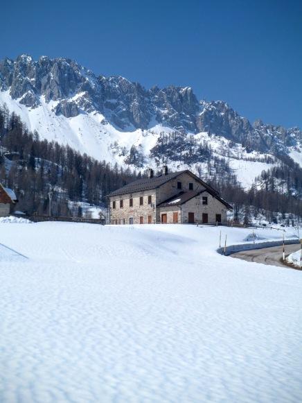Casera Razzo e Monte Tiarfin