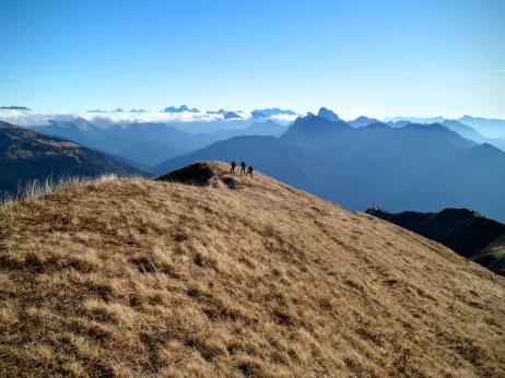 Lungo la traccia sulla cresta orientale dello Zoufplan