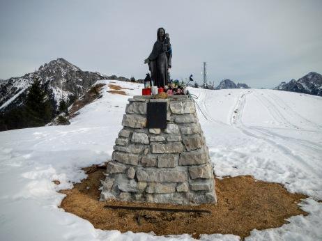 La Madonnina sulla vetta del Monte Zovo.