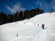 All'inizio dello spallone erboso del Monte Glazzat.