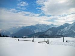 Panorama sulla Valcanale e sulle Alpi Giulie.