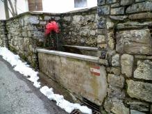 Fontana lungo via Vit