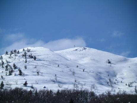 Cima con croce del monte Dauda