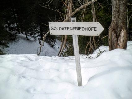 Piccola deviazione per visitare un cimitero austroungarico della Grande Guerra