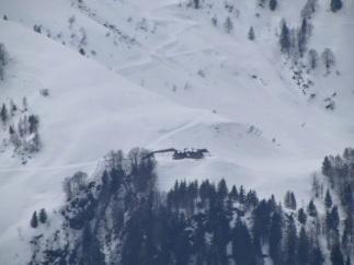 Casera Lavareit sul versante nord del monte Terzo