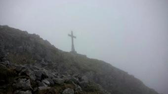 La croce di vetta del monte Zermula