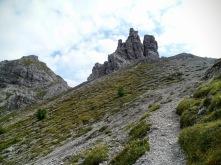 Salendo alla forcella Val di Brica