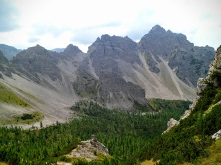 Da dx Cima Val di Brica, Cima dell'Inferno e forcella dell'Inferno