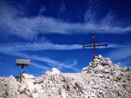 La vetta del Monte Siera a quota m.2443