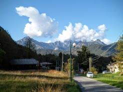 Lischiazze e sullo sfondo monte Pisimoni