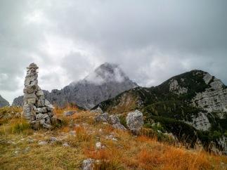 Dalla cima del monte Flop verso monte Sernio. Ad monte Flop ovest