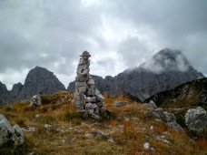 Cima del Flop (est); a dx monte Sernio