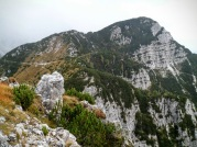 Panorama verso sella Flop; a dx monte Flop (ovest)