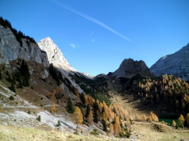 Sullo sfondo passo Giramondo