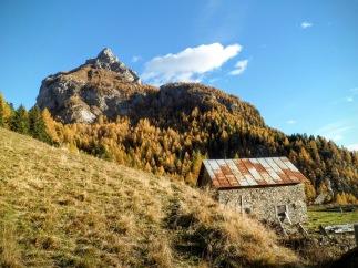 Casera Sissanis di sotto e monte Navagiust