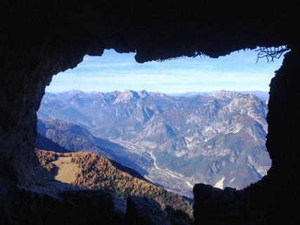 Panorama dalla finestra della galleria artificiale