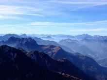 Panorama verso ovest- A sx monte Schenone