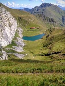 Lago Avostanis e casera Pramosio Alta