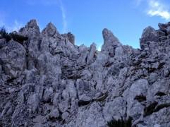 Il versante dove sale il sentiero alpinistico.