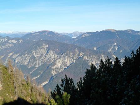 Panorama verso nord (monti Poludnig e Cocco)