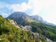 Monte Raut (a sx) dalla forcella di Pala Barzana