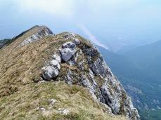 La cresta del monte Raut