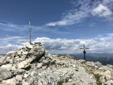 La doppia cima, una in Italia e una in Austria.