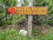 Indicazioni per la traccia che porta alla Cima del Rifugio