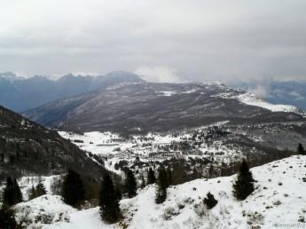 Panorama verso Piancavallo; dietro Cjastelat e Pala Fontana