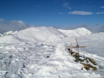 Cima del monte Neddis; dietro monte Dimon