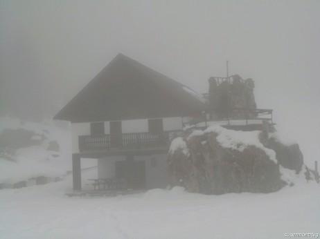 Casera Bordaglia di sotto nella nebbia